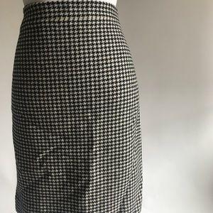 J crew houndstooth pencil skirt